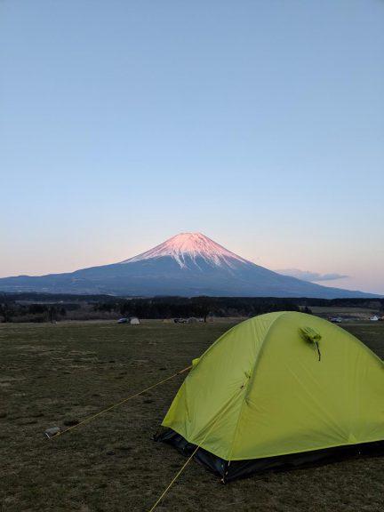 赤富士とテント
