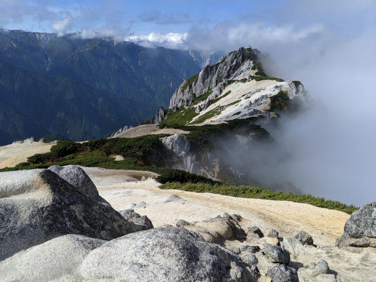 燕岳から見える北燕岳