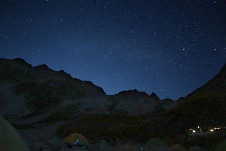 穂高岳方面の夜空