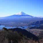 左を向けばいつも富士山がいる! 御坂山塊ハイキング(御坂峠~御坂黒岳~破風山~中藤山~不逢山~大石峠)