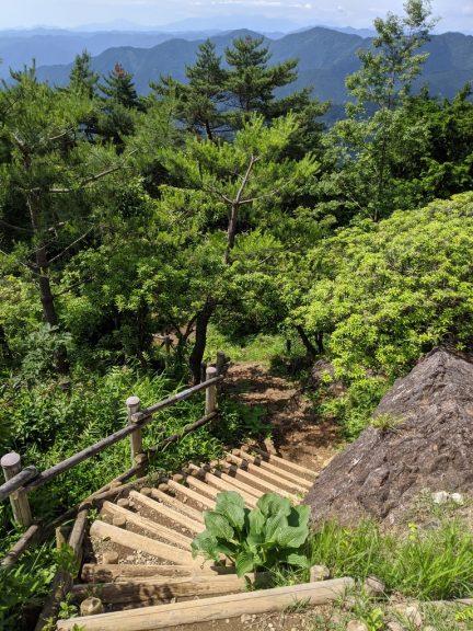 日の出山~クロモ岩