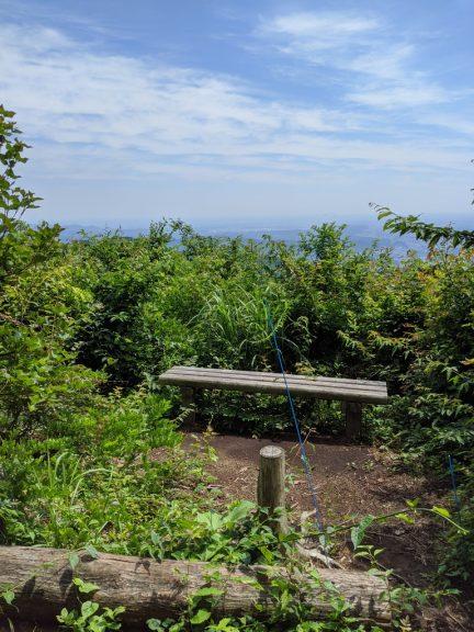 麻生山ベンチ
