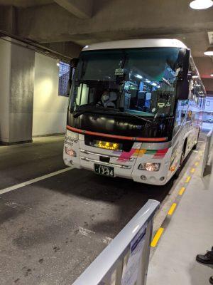 5:19上高地行きバス入線