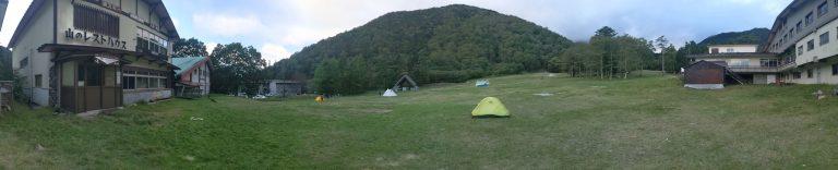 夕方のキャンプ場(パノラマ)