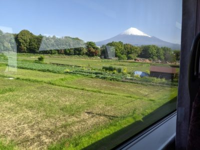 ワイドビューふじかわ1号から見える富士山