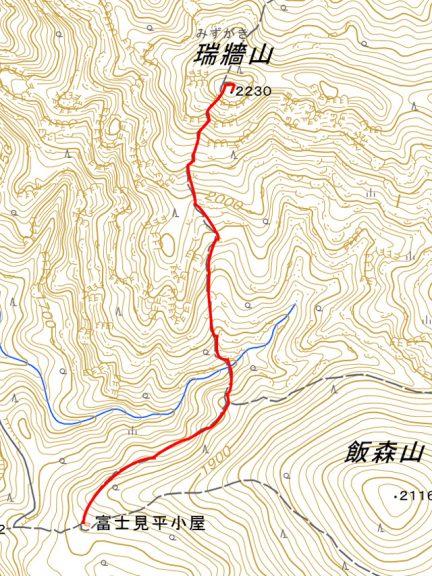 富士見平小屋から瑞牆山の地図