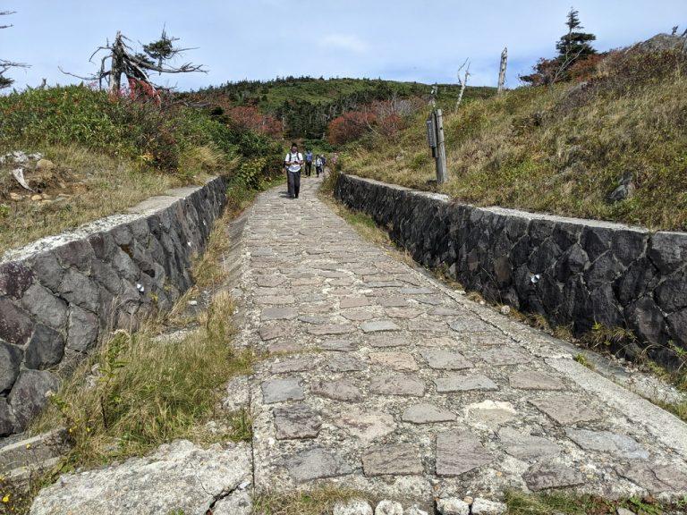 八幡平頂上登山口